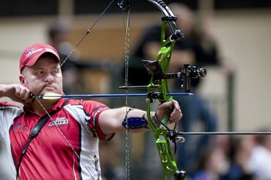 Fuse Carbon Blade Stabilser from Merlin Archery Ltd